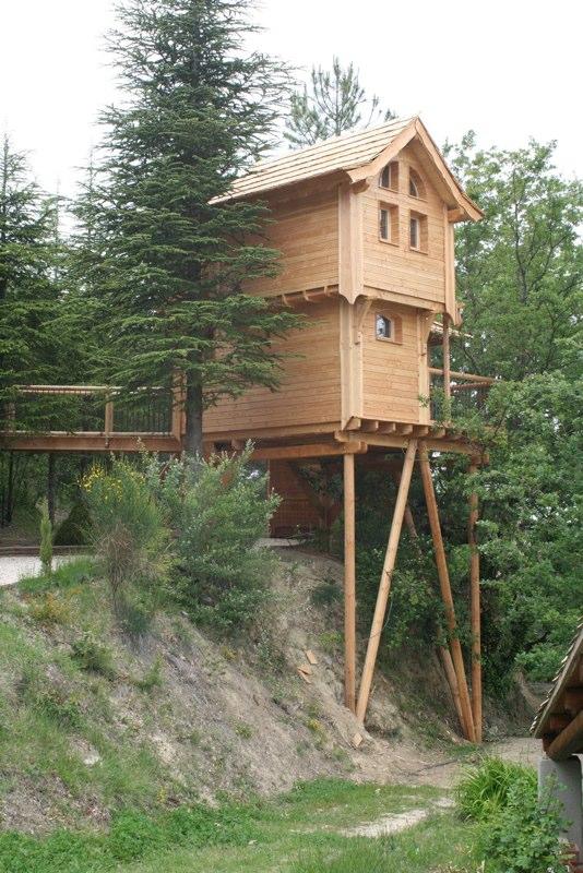 Et voici la cabane de Léna